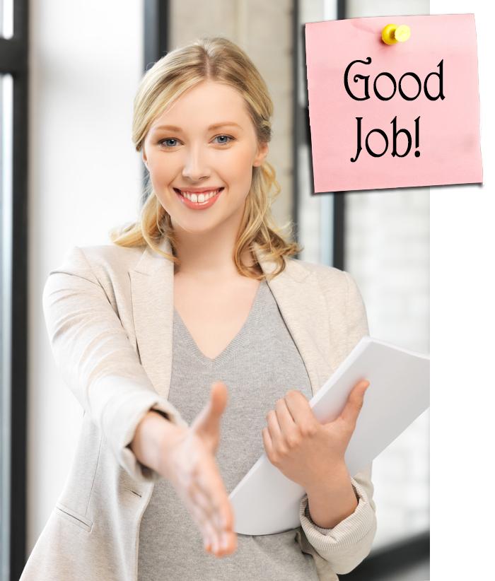 Donna che fa i complimenti per il buon lavoro svolto