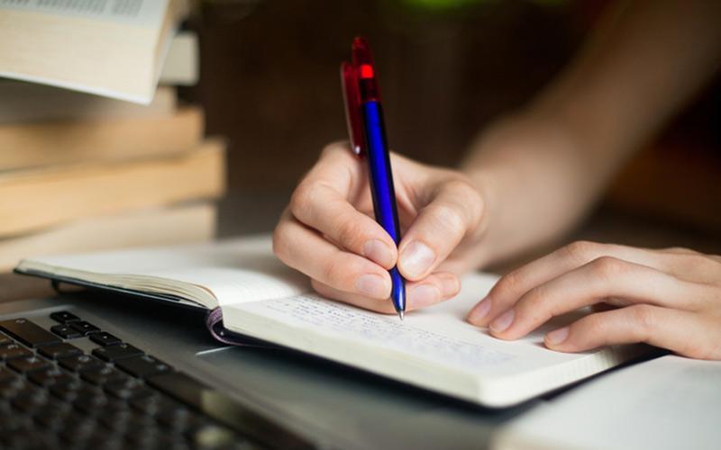 scrivere su un diario